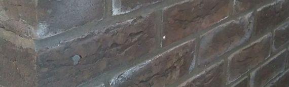 Lime staining brickwork